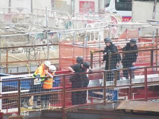 香港工地挖到2枚疑似炸彈 工人已疏散專家處理中