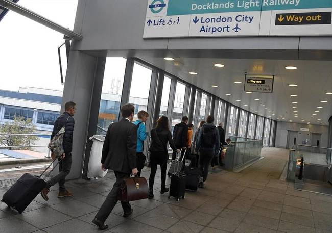 警戒! 二戰未爆彈驚現倫敦 城市機場關閉中 | 華視新聞