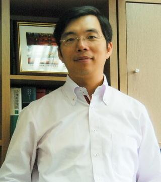 民進黨新聞部主任孟義超酒駕肇事 獲無保請回