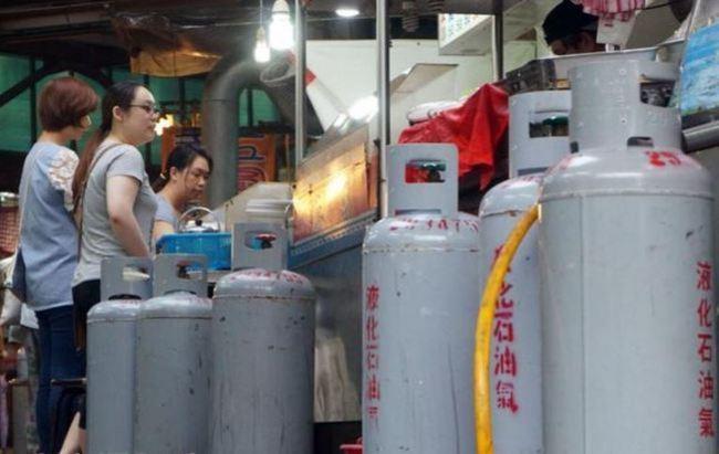 降了! 桶裝瓦斯每桶降50元 天然氣暫不調整 | 華視新聞
