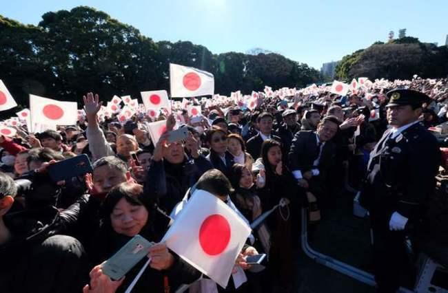 告別平成! 明仁天皇最後一場賀年 6萬人湧入皇居 | 華視新聞