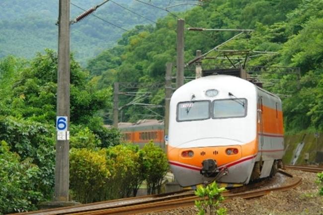 春節自強號站票 台鐵每天限量120張 | 華視新聞