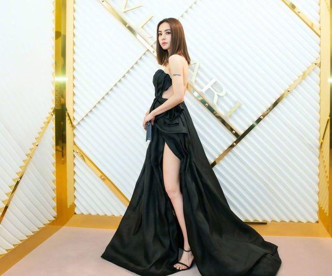 Jolin時裝週秀性感 網友直呼:噴鼻血 | 華視新聞
