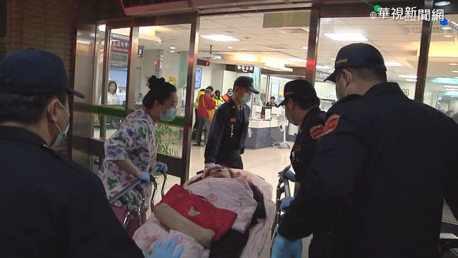 【晚間搶先報】遊覽車翻覆! 老婦重傷 家屬放棄急救 | 華視新聞