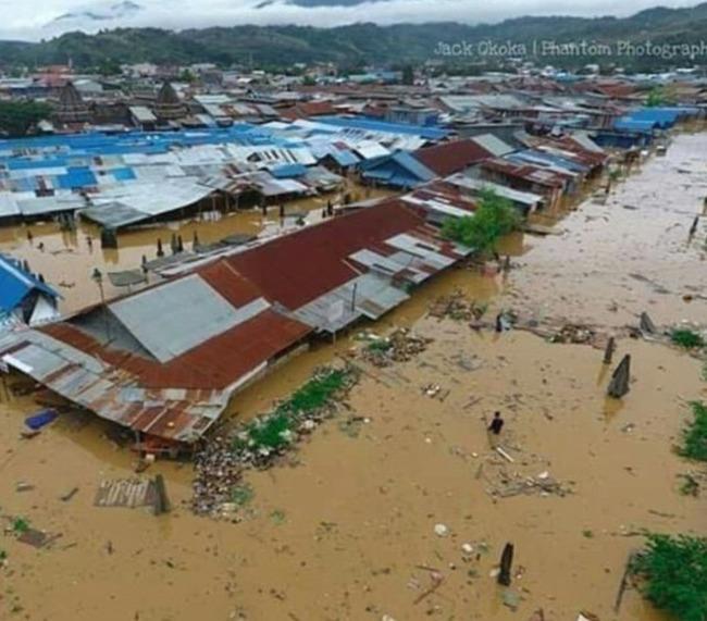 印尼遭洪水侵襲 釀63死.150房淹水 | 華視新聞