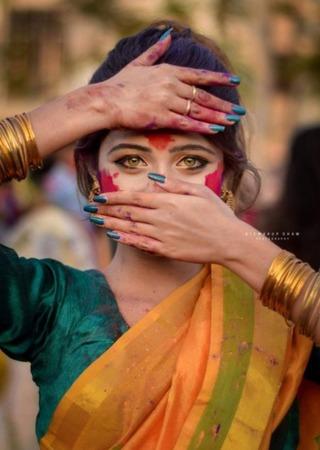 印度碧綠眼正妹 網友:眼睛有十萬伏特