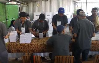 地球上最大規模投票 印尼272名選務人員「累死」