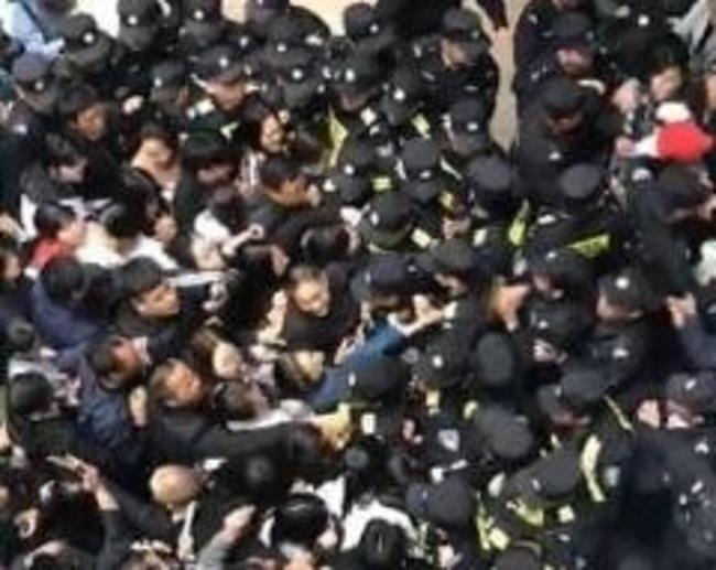 這也可以假!中國爆出「假學校」引爆微博 | 華視新聞