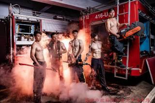 消防猛男大解放 大肌肌讓網友「快著火」