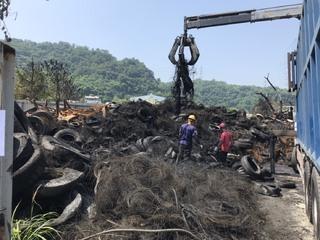 后里廢輪胎廠災後復原 中市環保局:已回收300噸廢棄物
