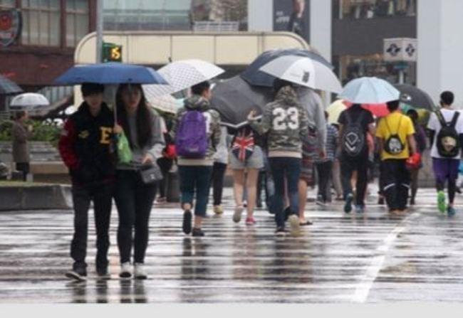 16縣市大雨特報 新北宜蘭達豪雨警報   華視新聞