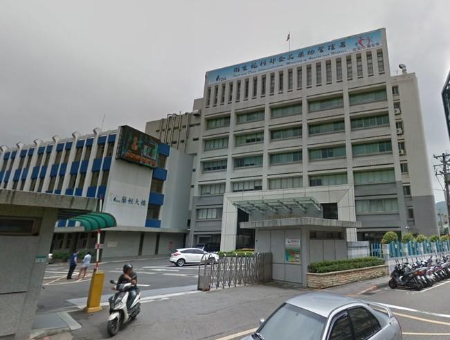食藥署闢謠:同時染燙髮不會罰款! | 華視新聞