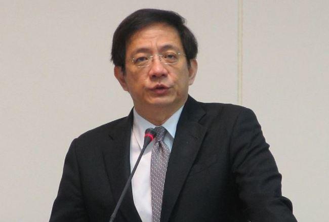 管中閔兼職案公開審理 民眾搶旁聽爆推擠 | 華視新聞