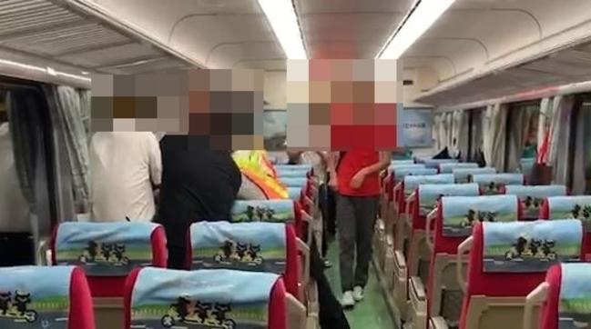 列車長僅有木棍 緊急狀況怎防身?! | 華視新聞