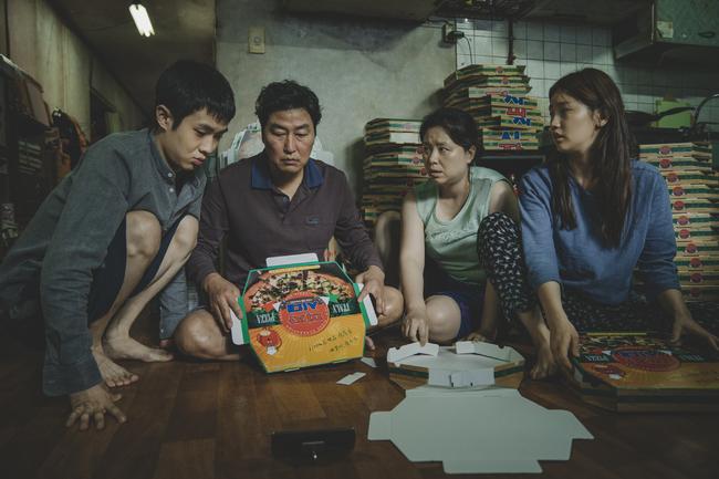 今年最賣座韓影!《寄生上流》票房超越《雞不可失》   華視新聞