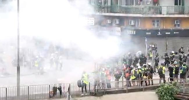 """暴力執法引批評 中官媒反稱港警""""用愛感化""""   華視新聞"""