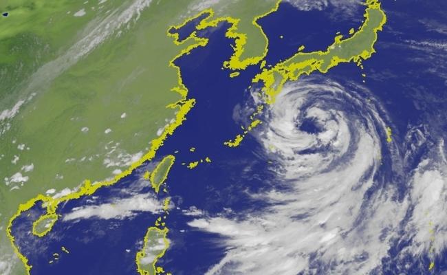 柯羅莎襲日引進西南風 中南部明晨恐再降暴雨!   華視新聞