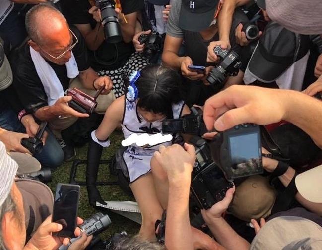 「色影師」近拍裙底風光 中國Coser擋不了嚇哭   華視新聞
