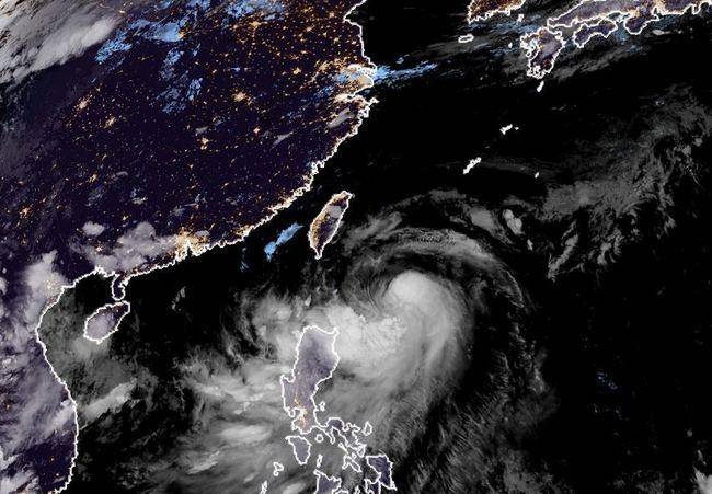 【更新】風雨達標! 花蓮、台南、台東、屏東、高雄停班課 | 華視新聞