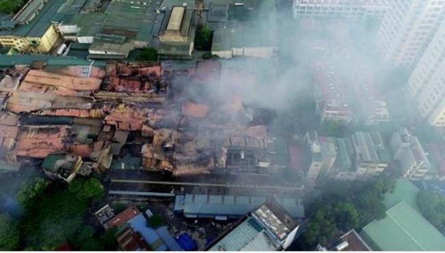 越南河內工廠大火毒氣瀰漫 當局警告勿吃當地食物 | 華視新聞