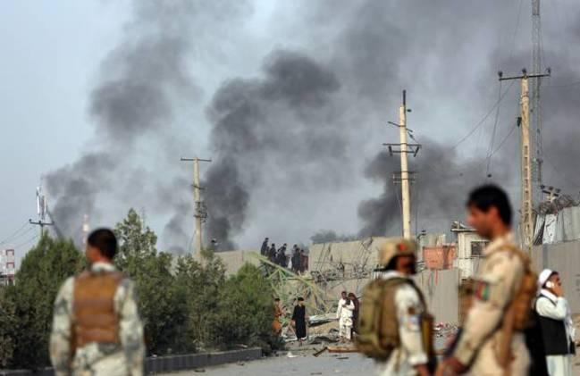 塔利班轟炸阿富汗首都 釀至少16死119傷 | 華視新聞