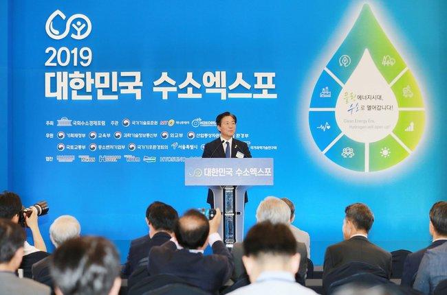 日韓貿易戰升溫!南韓最快下週將日本剔除「白名單」 | 華視新聞
