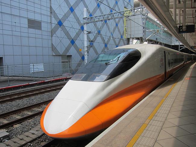 因應國慶連假 高鐵加開174班次 | 華視新聞
