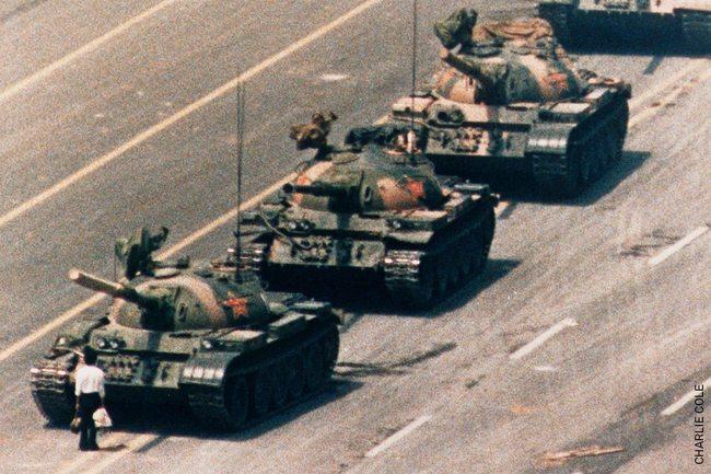 「我有義務記錄發生啥事」 六四坦克人攝影師逝世 | 華視新聞