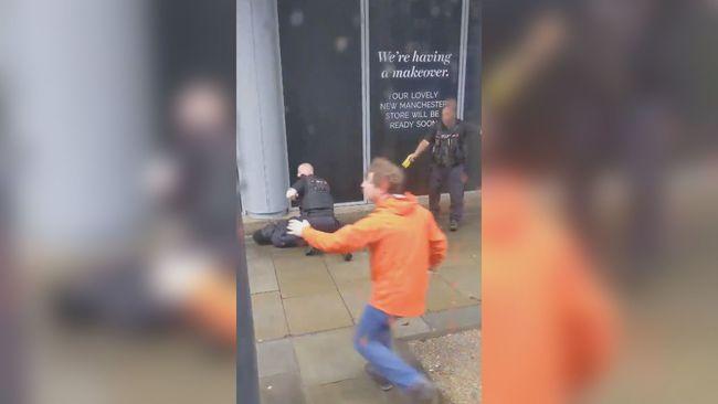英國購物中心驚傳隨機刺人 至少5人受傷 | 華視新聞