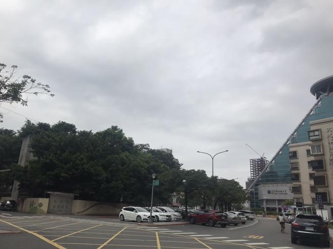 東北季風來了! 北台灣明顯降溫.有雨 | 華視新聞