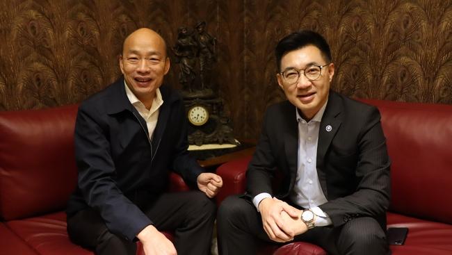 韓、江首見面 江啟臣:高雄這一年改變、進步很多 | 華視新聞