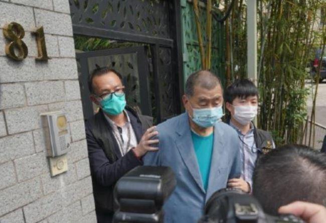 港警無預警搜捕 黎智英等10餘泛民主派人士遭捕 | 華視新聞