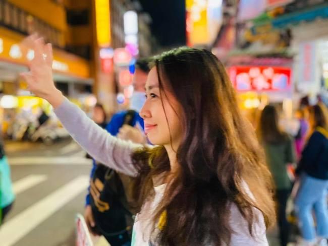 周揚青分手信引熱議 美女醫「逆風發文」Hebe也認同 | 華視新聞