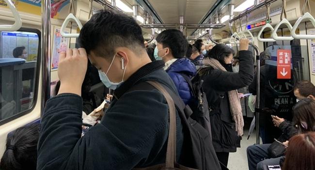 成功挺過數波社區危機 張上淳:台灣人衛生習慣好 | 華視新聞