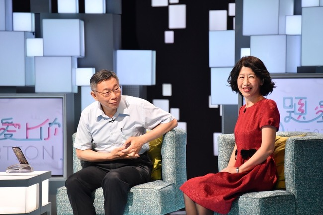 陳佩琪千字談「韓柯特殊情誼」 孫大千讚:令人動容...   華視新聞