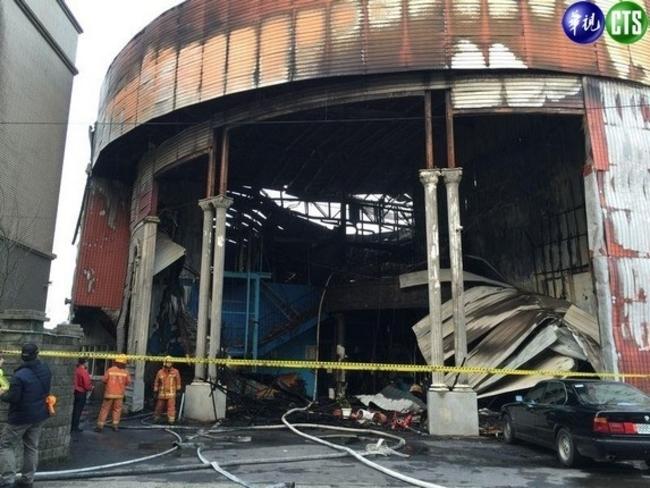 新屋保齡球館大火 6消防員遭起訴二審仍無罪 | 華視新聞