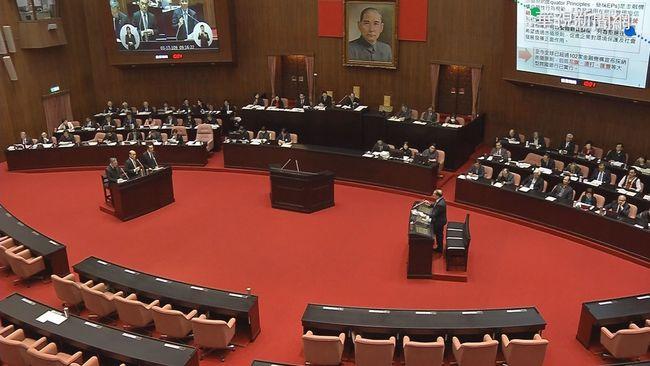 港版國安法通過 立院「朝野共同聲明」要求政府援港人 | 華視新聞
