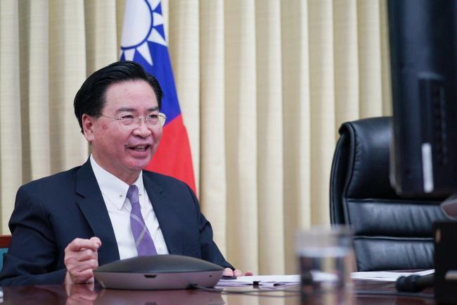 視訊「布魯塞爾論壇」 吳釗燮:台灣可供關鍵原物料、生產技術 | 華視新聞