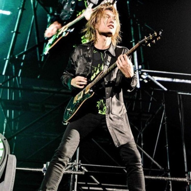 「ONE OK ROCK」吉他手Toru染武肺! 病況穩定   華視新聞