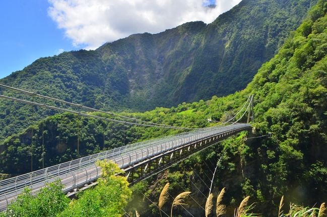 無死角俯瞰太魯閣!山月吊橋12日正式啟用 | 華視新聞