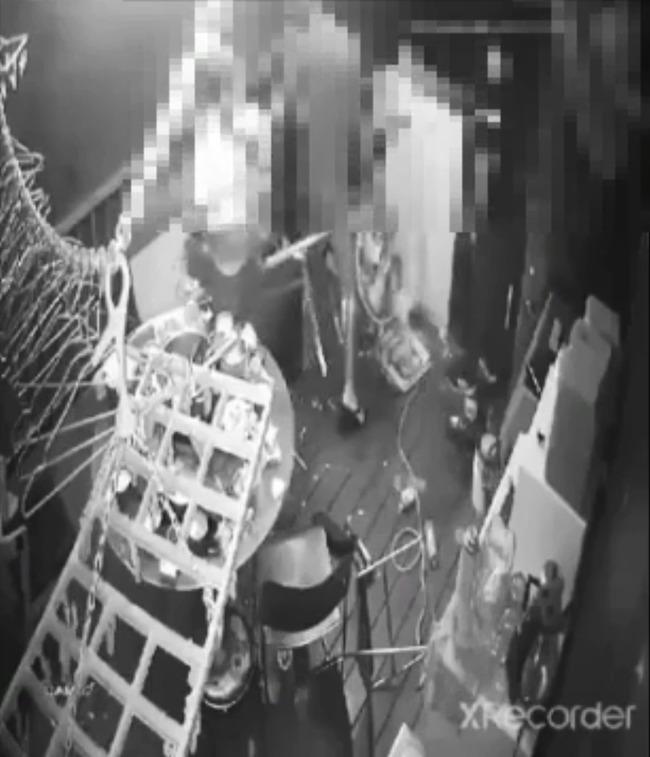 【影】疑未做好垃圾分類 少年遭姨丈毆至住院 | 華視新聞