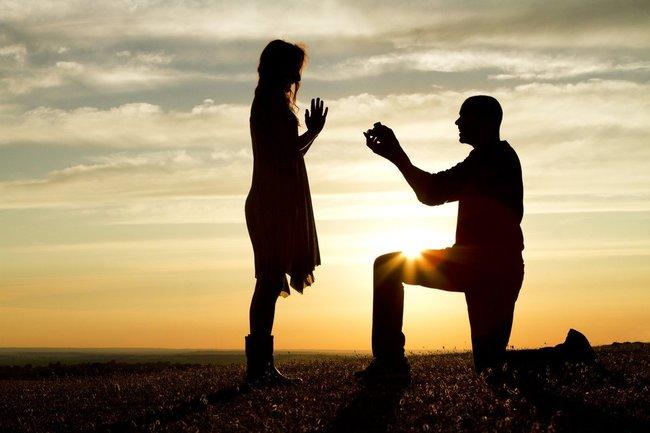 求婚成功卻開心跳河! 未婚妻等嘸人...男竟已溺斃   華視新聞