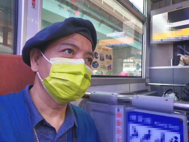 嬤沒戴口罩被趕下車…無人幫忙 他嗆:年輕人沒良心 | 華視新聞