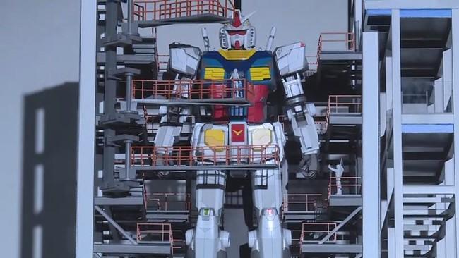 【影】粉絲暴動!超高還原度鋼彈 18公尺能動能走 | 華視新聞