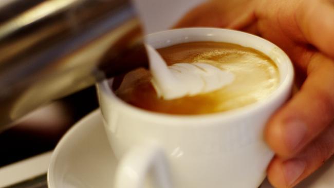 中秋補班小確幸 4大超商咖啡優惠一次看   華視新聞