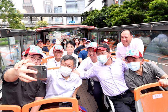 北市雙層巴士營收差 議員批:617萬宣傳白花了 | 華視新聞
