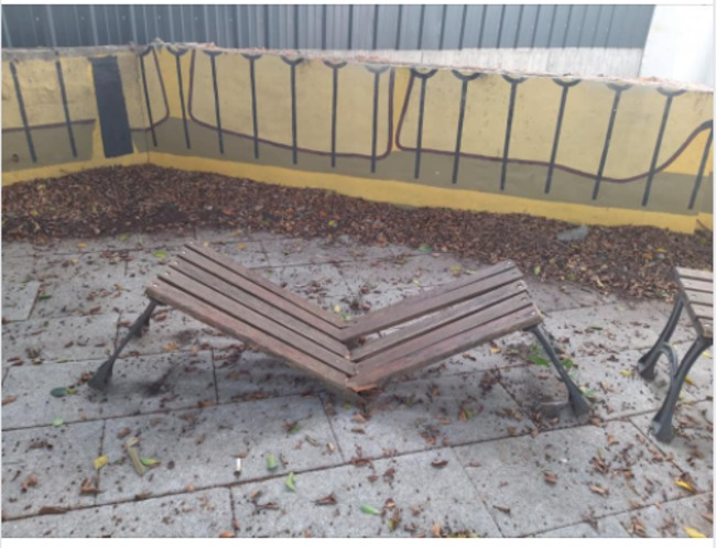 情侶約會卻坐斷木椅 PO照自首網大讚:了不起負責 | 華視新聞