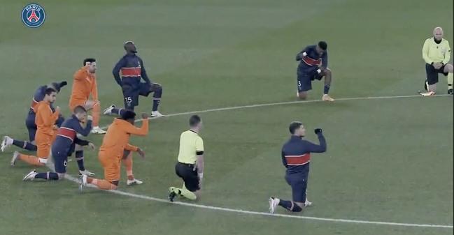 歐冠裁判稱對手助教「黑鬼」內馬爾等球星下跪握拳抗議 | 華視新聞