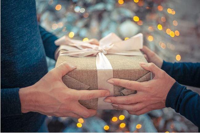 聖誕節交換「爛禮物」能送什麼?過來人全推這項首選   華視新聞