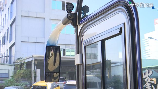 司機騙特殊生「車到台北」他急下車 目擊者怒投訴 | 華視新聞